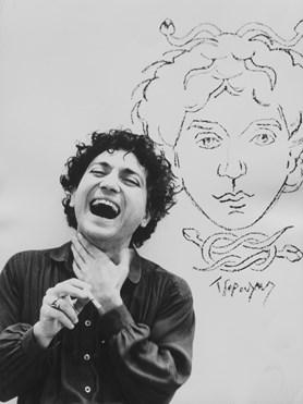 Sero Abrahamian. (1949-1983) Ο διεθνής πρωτοπόρος της ελληνικής μόδας